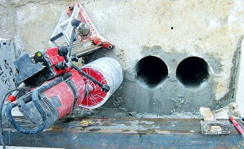 сверление отверстий в бетоне и кирпиче